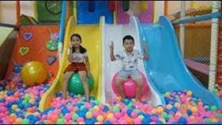 Bé Minh Đi Chơi Ở Khu Vui Chơi Trẻ em - Fun Indoor Playground for Kids