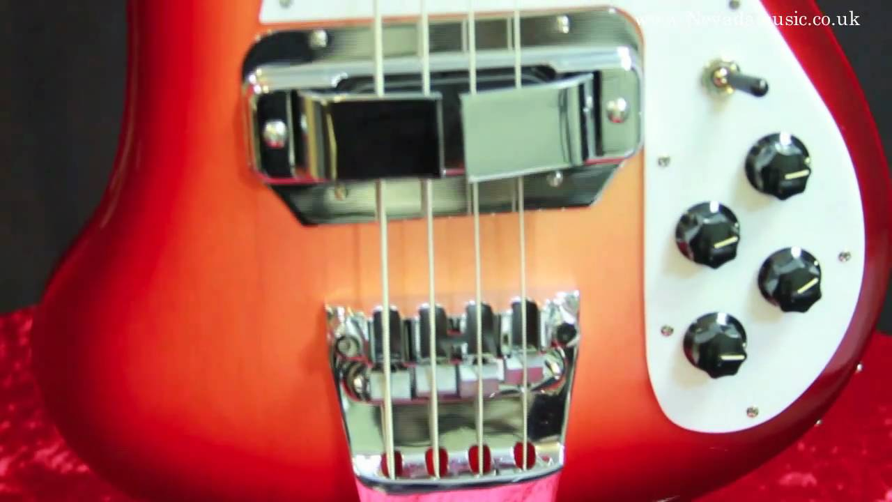 Rickenbacker Bass 4001C64 - A close look