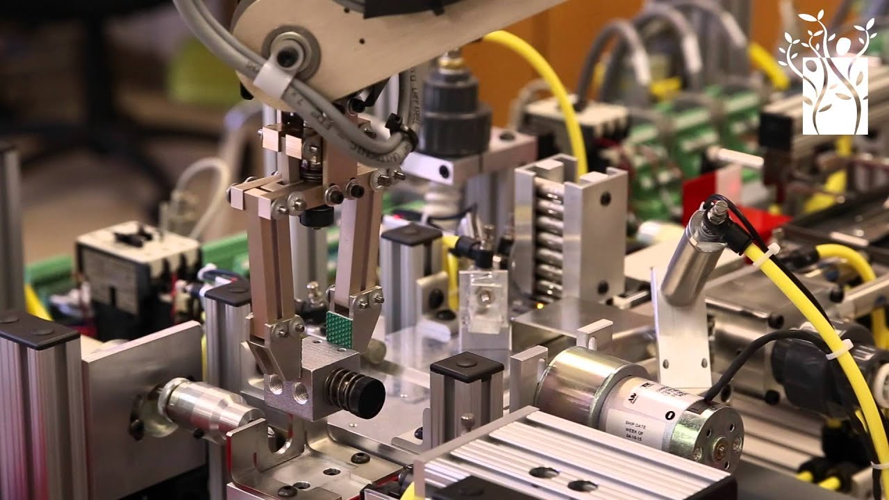 Industrial technology: Mechatronics assembly line - YouTube