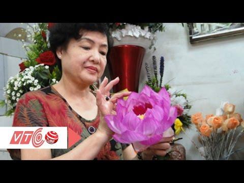 Người đặc biệt tạo ra các loại hoa nở trái mùa | VTC