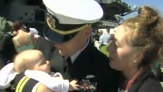 Navy Dad Meeting Newborn for First Time Says Something His Wife Will Never Forget