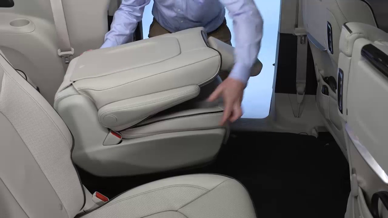 small resolution of second row quad seats how to use car chairs and rear seats on 2017 chrysler pacifica hybrid