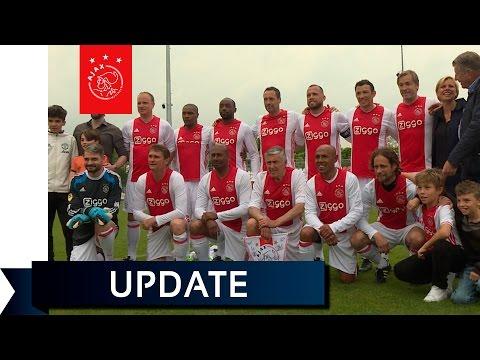 Bergkamp en Lucky Ajax schitteren tijdens Dick van Dijk Memorial