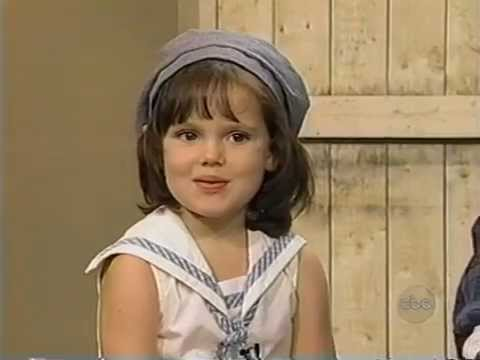 Brittany Ashton Holmes interviews 1994.Age 5. streaming vf