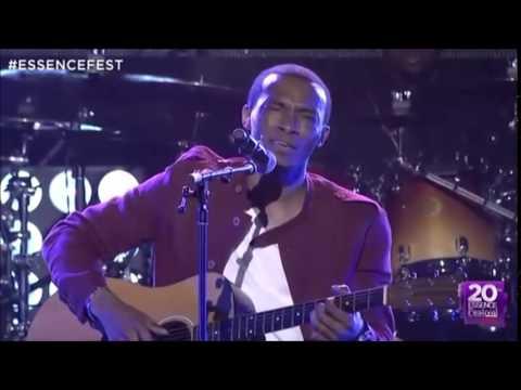 Jonathan McReynolds -  Tribute to Yolanda Adams (Essence Festival 2014)