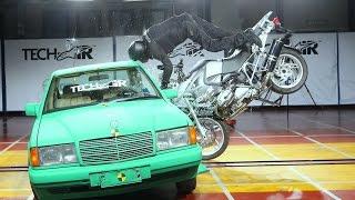 Alpinestars Tech-Air: motocyklowy crash test z poduszką powietrzną