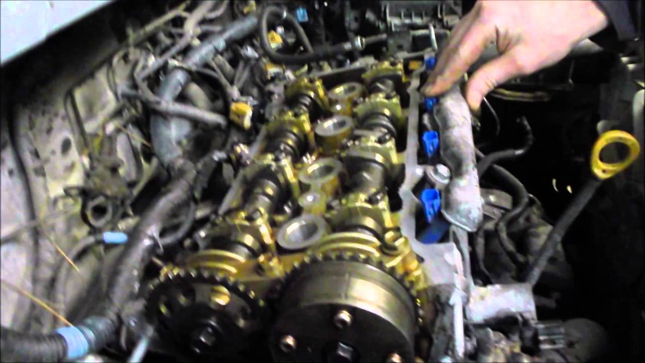 Variable Valve Cam Shaft Timing Explained Toyota Matrix & Pontiac Vibe  YouTube