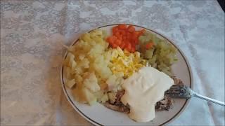 Салат с шпротами .