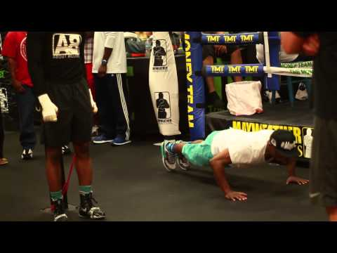 Floyd Mayweather jr, Adrien Broner, Nate Jones, TMT Gym