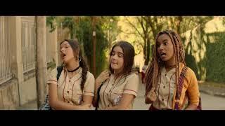 Cena EXCLUSIVA 'Tudo por um Pop Star' - Inimigas na porta da escola
