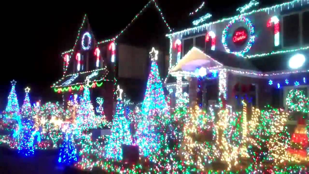 christmas lights in bayside queens 2010 - YouTube