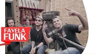 Baixar MC WM e MC Marks - Um Favelado Todo Errado Que Te Ama (WebClipe Oficial 2018)