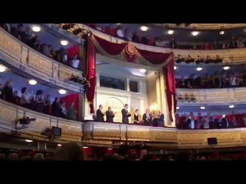 FELIZ CUMPLEA�OS a la REINA LETIZIA en El Teatro Real