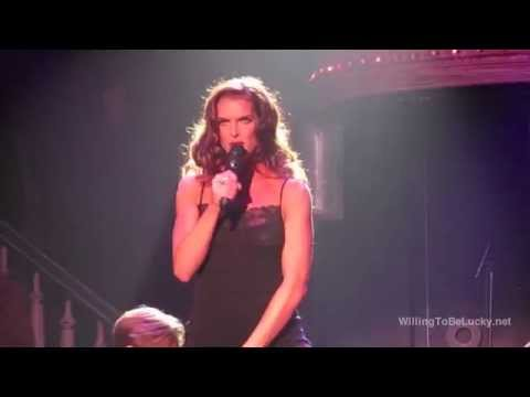 Brooke Shields sings for Broadway in South Africa