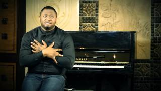 Download Video Pasteur Moise Mbiye - Losambo MP3 3GP MP4
