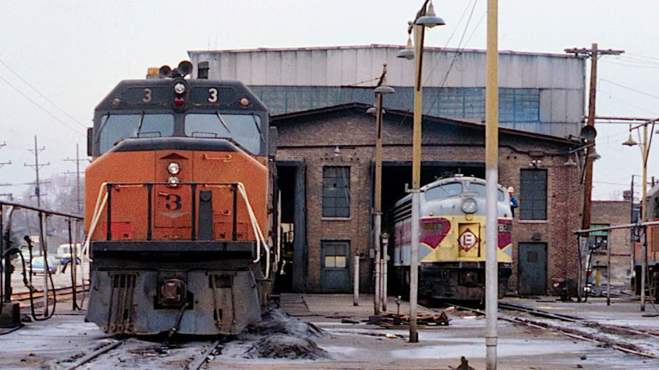 Download A Teen/Tween Explores Chicago's Railroads - The Sequel 1975-78