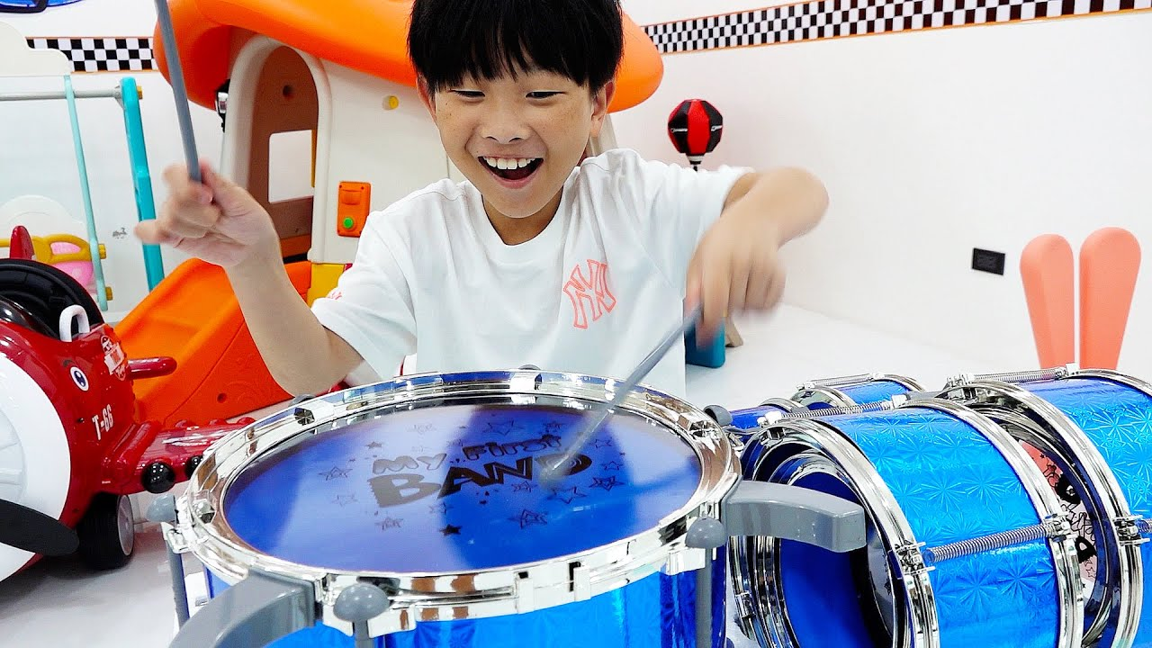 예준이의 드럼 장난감 놀이 음악놀이 쇼핑놀이 Learn Music with Drum Toys