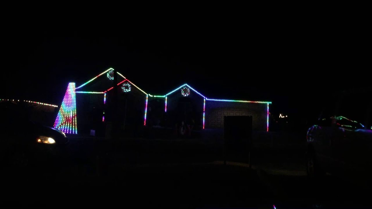 Star Wars/Uptown Funk Christmas Lights Show - YouTube