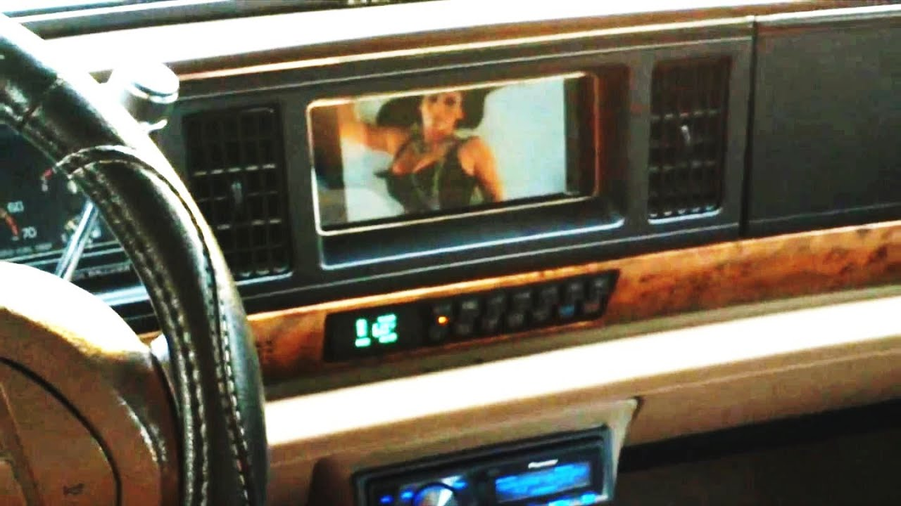 DIGITAL PICTURE FRAME INTO AN IN-DASH MONITOR!!! (Budget Customs ...