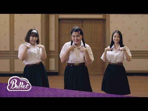 """「Official Parody Clip」ele tujaa® """"ใจฉันมีแต่เธอ"""" by Buffet Channel"""