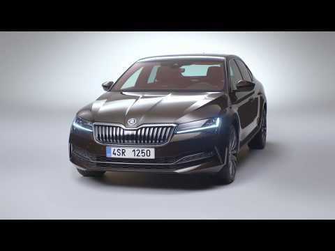 2020 Skoda Superb detailed in official videos, live shots