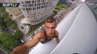 Tired of waiting for elevator? Russian daredevil climbs 120 meter skyscraper in Mexico