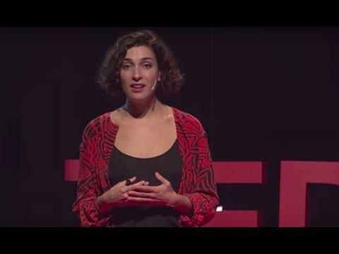 El reino de las mujeres diversas   Aizea Villarreal   TEDxGracia