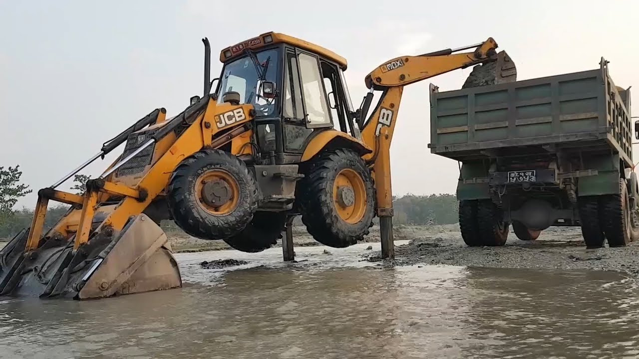JCB Loading Gravel in Tractor and Truck - JCB Working Video