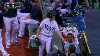 Ballboy makes catch, Rays