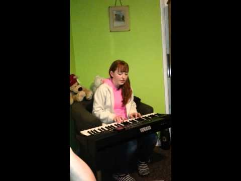 Unsigned singer songwriter chelsea jeary own song