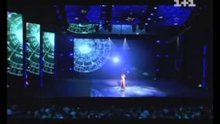 Злата Огневич открывает Crimea Music Fest 2012 (LIVE)(Победительница первого Crimea Music Fest и официальное лицо Крыма певица Злата Огневич на сцене концертного зала..., 2012-09-01T10:51:38.000Z)
