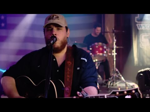 Luke Combs Plays Powerful New Song Dedicated To His Family And Friends