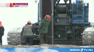 Строительство крымского моста через Керченский пролив началось | Россия Крым(15 апреля 2015 на берегах Керченского пролива начались подготовительные работы по возведению моста. Пока,..., 2015-04-16T06:49:10.000Z)