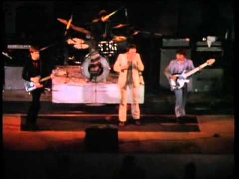 Dr Feelgood - Live At Southend Kursaal (15 minutes of magic in the 4 songs)