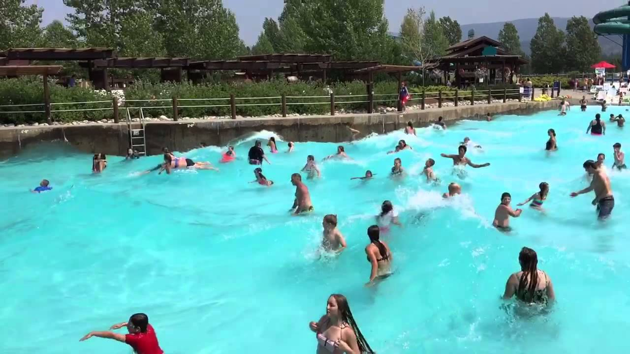 The kids swim in the wave pool youtube for Piscina wave