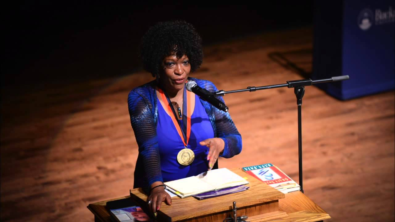 daystar by rita dove essay Rita dove's poem daystar talks about a woman who's both a wife and a mother and who is exhausted by her everyday tasks this poem takes place at one time of rest.