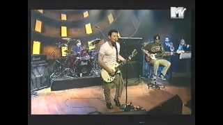 Manics - A Design for Life (live) @MTV Studios 1996
