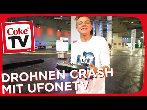 Die Drohnen Challenge auf der CeBIT mit UFONETV und Felix | #CokeTVMoment
