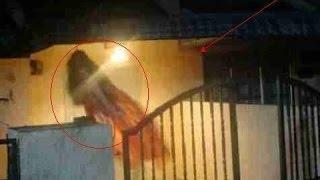 Video Penampakan Hantu Terjelas Terekam CCTV Heboh!! download MP3, 3GP, MP4, WEBM, AVI, FLV November 2017