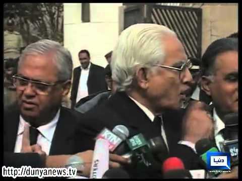 Dunya News-Clash Between Ahmed Raza Kasuri and Journalists