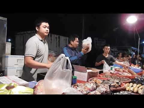 Taiwan-seafood auction -Chiayi Mituo Amitabha nightmarket