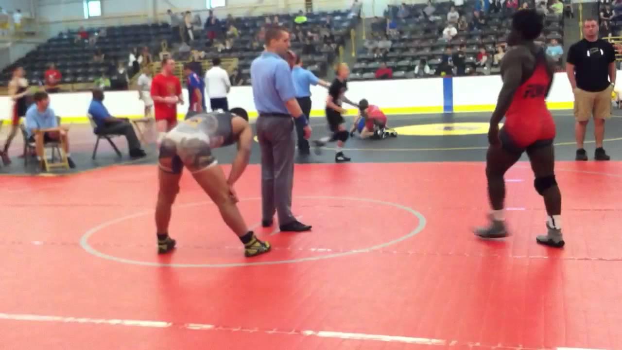 Reggie Williams vs Gio Santiago Jr Freestyle 195