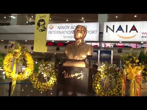 Your Manila tour guide takes you to NAIA Terminal 3