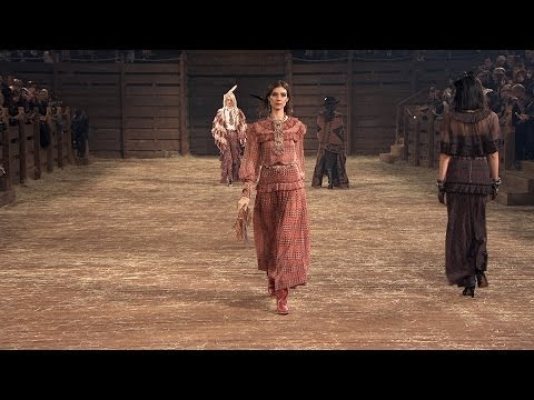 chanel-paris-dallas-2013/14-métiers-d'art-show