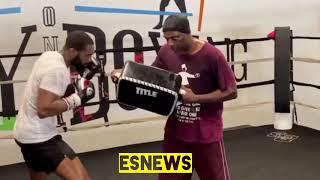 Jaron Ennis (25-0 23 KOs) Working landing Monster Shots Esnews Boxing