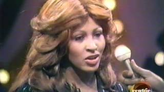 "Ike & Tina Turner - ""Sexy Ida"" (Live) + interview"