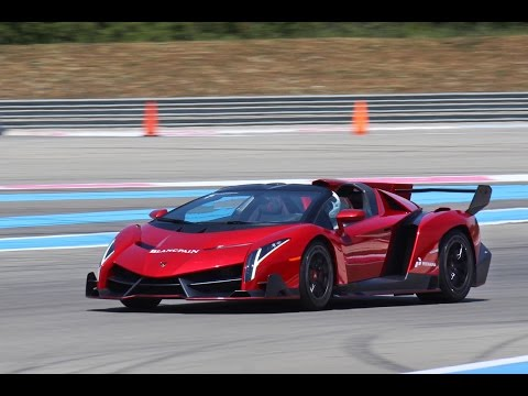 Lamborghini Veneno roadster on the track! Exhaust Sound, Acceleration!