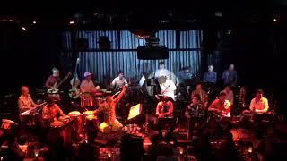 熱帯JAZZ楽団、2019年12月26日Blue Note東京でのライブからジャコ・パストリアスの名曲「Thre Views of A Secret」をアフロバージョンで。青木タイセイの鍵...