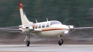 Piper PA-60-601P Aerostar Takeoff