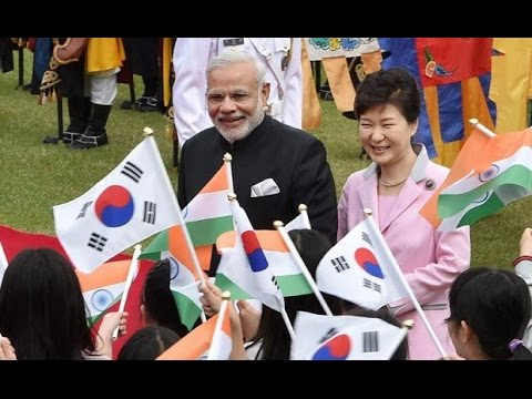 Narendra Modi and President of South Korea Park Geun hye at Signing of Agreements